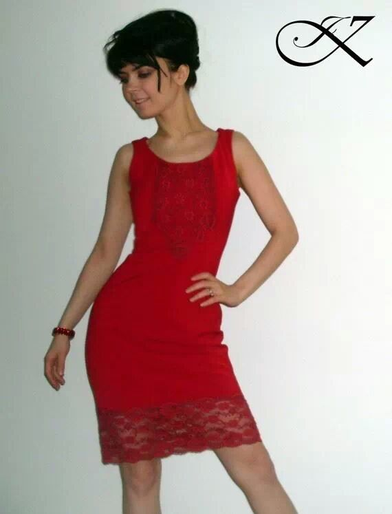 Jennifer Kaya fashion design: red dress