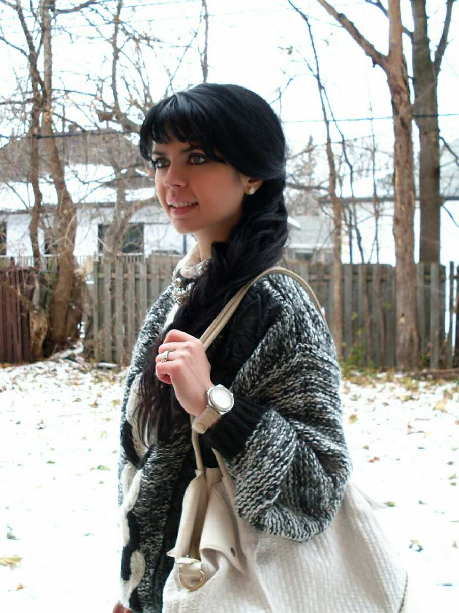 Jennifer Kaya Canadian fashion blogger www.jenniferkaya.com