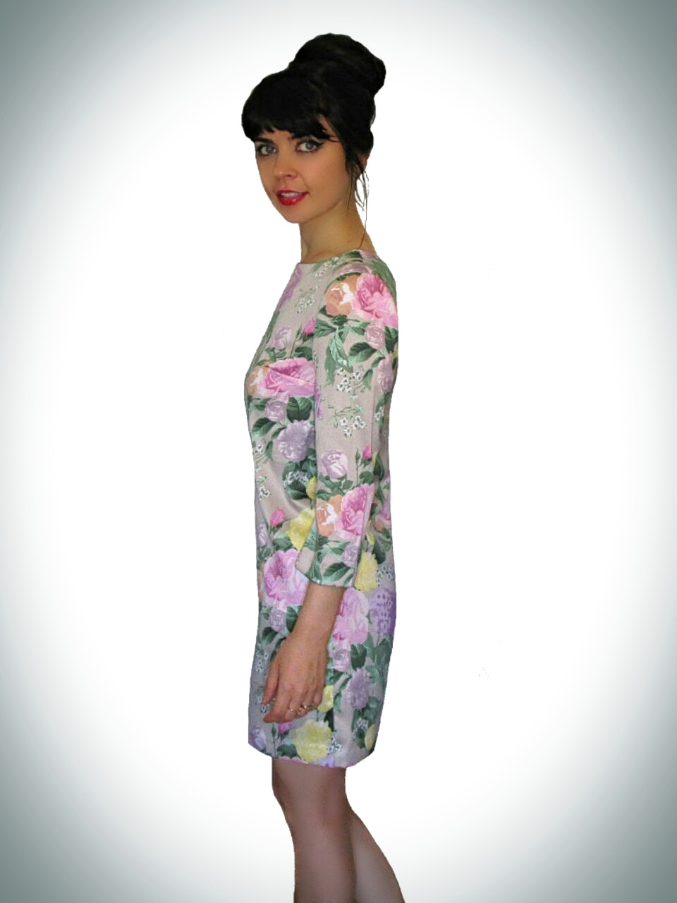 A Floral Print Mini Dress With 3/4 Sleeves